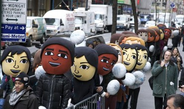 Miis invade New York City to celebrate Wii U launch