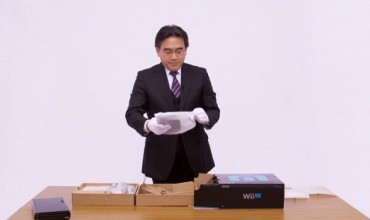 Iwata unboxes the Wii U Premium Pack